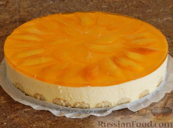 Фото приготовления рецепта: Торт-суфле с персиками - шаг №18