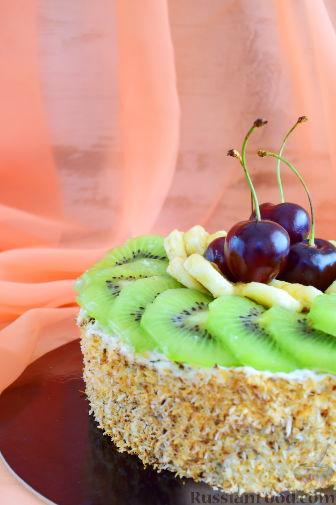 Фото к рецепту: Кокосовый торт для мамы (без муки)
