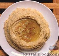 Фото к рецепту: Хумус с печеным чесноком