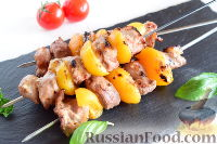 Фото к рецепту: Шашлык из свинины с персиками