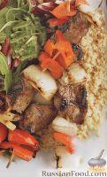 Фото к рецепту: Шашлычки из говядины, с овощами