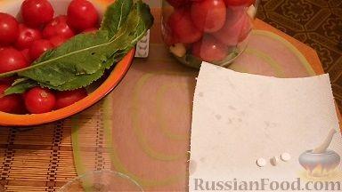 Фото приготовления рецепта: Сэндвичи с колбасой, сыром и томатной пастой, на сковороде - шаг №9