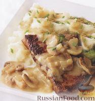 Фото к рецепту: Говяжий стейк с картофельным пюре