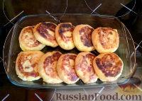 Фото к рецепту: Сырники с курагой