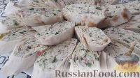 Фото приготовления рецепта: Рулеты из лаваша с крабовыми палочками - шаг №7