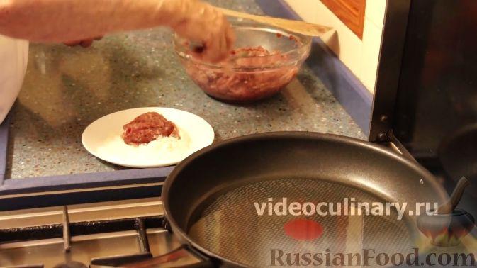Фото приготовления рецепта: Сметанные лепёшки из дрожжевого теста (в духовке) - шаг №8