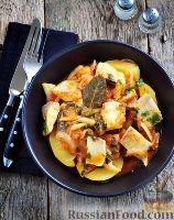 Фото к рецепту: Тилапия с картофелем и сельдереем