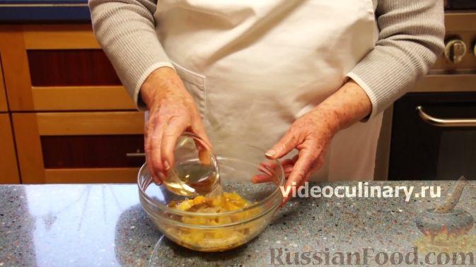 Фото приготовления рецепта: Курица в персиковой глазури - шаг №4