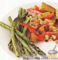 Фото к рецепту: Запеченный картофель со спаржей