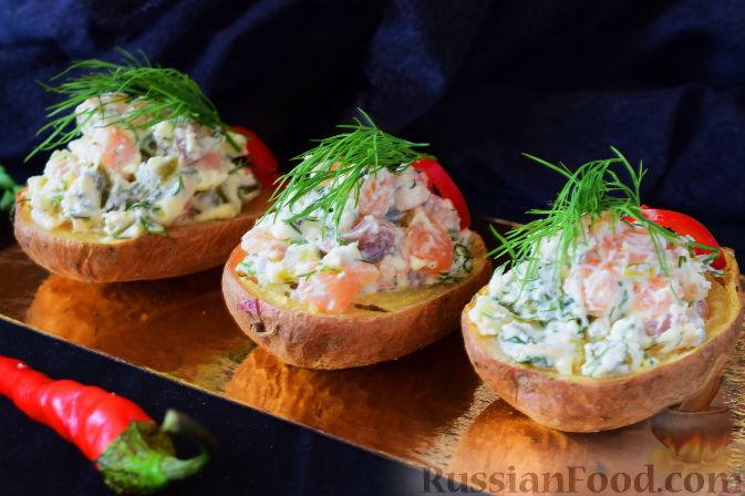 Фото к рецепту: Закуска из картофеля и семги