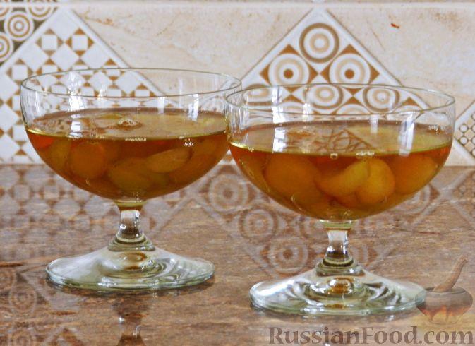 Фото приготовления рецепта: Виноградно-йогуртовое желе - шаг №7