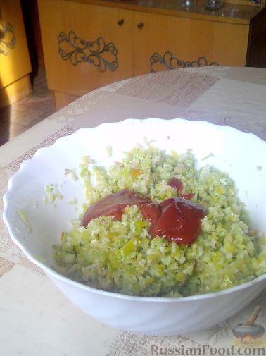 Фото приготовления рецепта: Медовые дрожжевые булочки на молоке - шаг №5