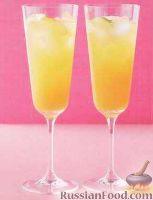 Фото к рецепту: Апельсиново-абрикосовый коктейль