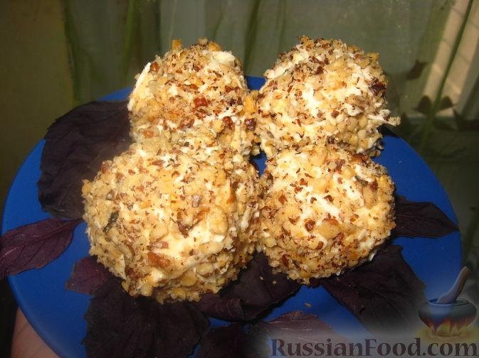 Рецепт Сырные шарики в ореховой крошке