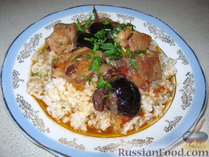Рецепт Тушеная свинина с черносливом