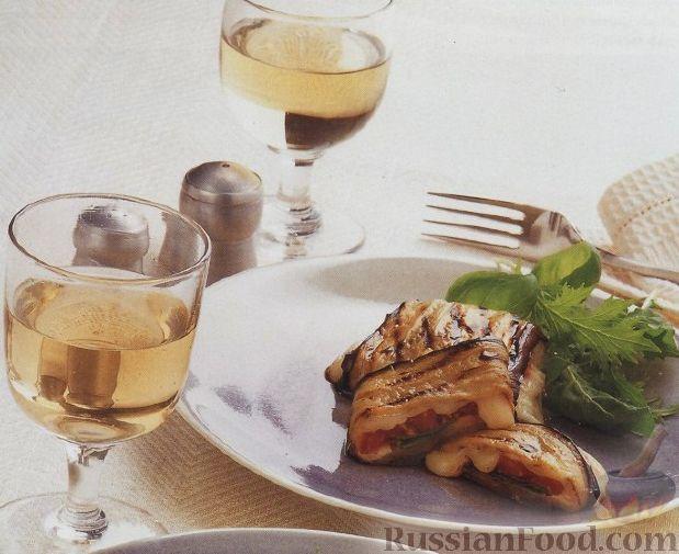 Рецепт Баклажановые рулеты с сыром и помидорами