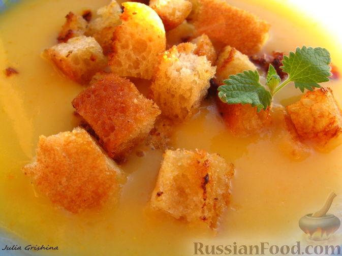Рецепт Картофельный суп-пюре с грибами и гренками