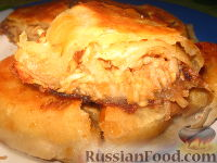 Фото к рецепту: Вертута с яблоками