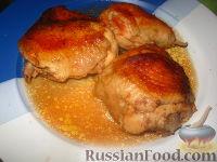 Фото приготовления рецепта: Курица в пиве - шаг №8