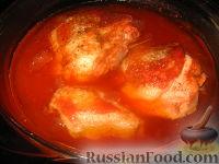 Фото приготовления рецепта: Курица в пиве - шаг №7