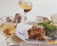 Фото к рецепту: Баклажановые рулеты с сыром и помидорами