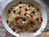 Фото к рецепту: Классический рецепт салата из крабовых палочек