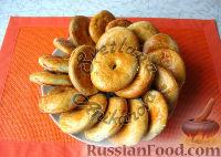 Фото к рецепту: Сметанные лепешки со сливочным вкусом