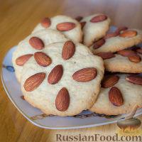 Фото к рецепту: Песочное печенье с миндалем