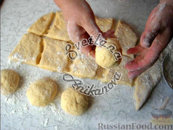 Фото приготовления рецепта: Булочки-тыковки - шаг №4