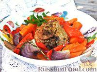 Фото к рецепту: Запечённая курица с тыквой и перцем