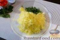 Фото приготовления рецепта: Голубцы из пекинской капусты, с картофелем и беконом - шаг №3