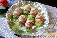 Фото приготовления рецепта: Голубцы из пекинской капусты, с картофелем и беконом - шаг №9