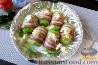 Фото приготовления рецепта: Голубцы из пекинской капусты, с картофелем и беконом - шаг №10