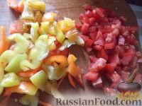 Фото приготовления рецепта: Тефтели с рисом и овощным соусом - шаг №10