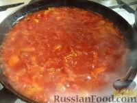 Фото приготовления рецепта: Тефтели с рисом и овощным соусом - шаг №13