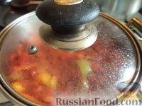 Фото приготовления рецепта: Тефтели с рисом и овощным соусом - шаг №15