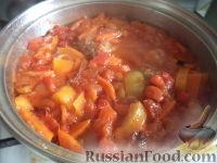 Фото приготовления рецепта: Тефтели с рисом и овощным соусом - шаг №16