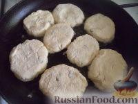 Фото приготовления рецепта: Сырники с адыгейским сыром - шаг №5