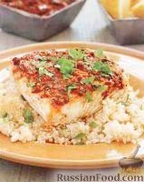 Фото к рецепту: Рыба, запеченная с кускусом