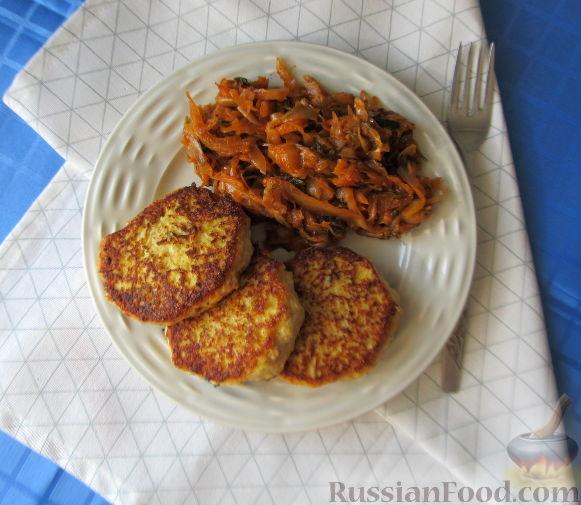 Фото приготовления рецепта: Куриные котлеты с тыквой - шаг №7
