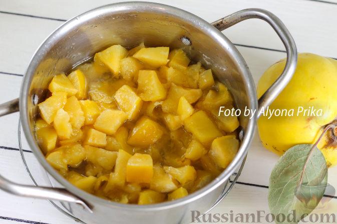 Фото приготовления рецепта: Конфитюр из айвы - шаг №5
