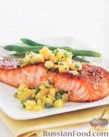 Фото к рецепту: Запеченный лосось с ананасовым соусом