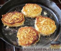 Фото приготовления рецепта: Куриные котлеты с тыквой - шаг №6