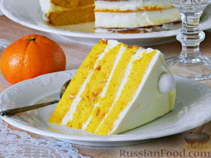 Фото приготовления рецепта: Тыквенный торт со взбитыми сливками - шаг №21