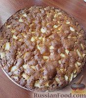 Фото к рецепту: Медовый яблочный пирог