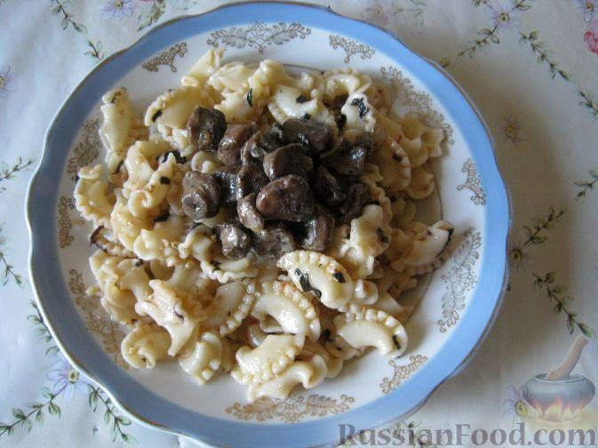Рецепт Паста с грибами, базиликом и грецкими орехами