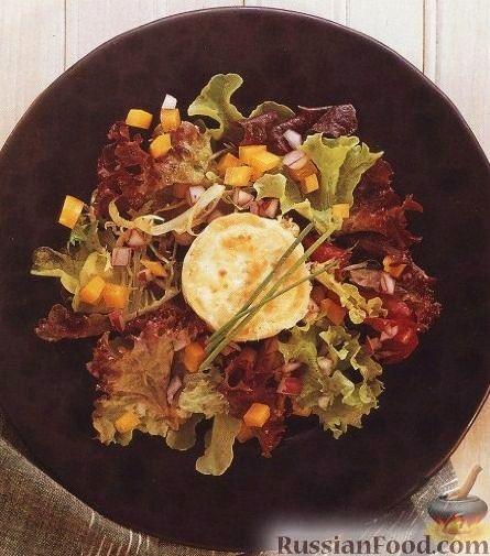 Рецепт Зеленый салат с козьим сыром и гренкой