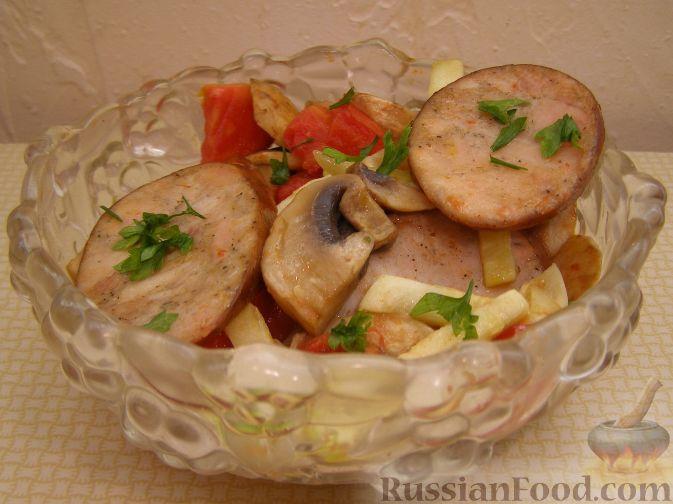 Рецепт Теплый салат с ветчинной колбасой и шампиньонами