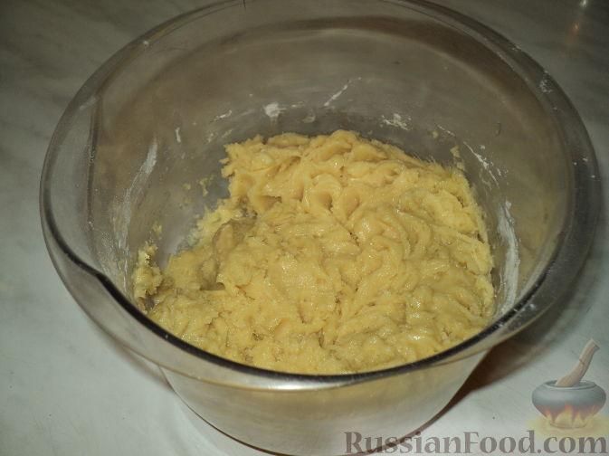 Рецепт: Пирог с черничным джемом на RussianFood.com: http://www.russianfood.com/recipes/recipe.php?rid=120228
