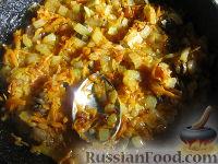 Фото приготовления рецепта: Начинка из кислой капусты для пирожков и пирогов - шаг №3